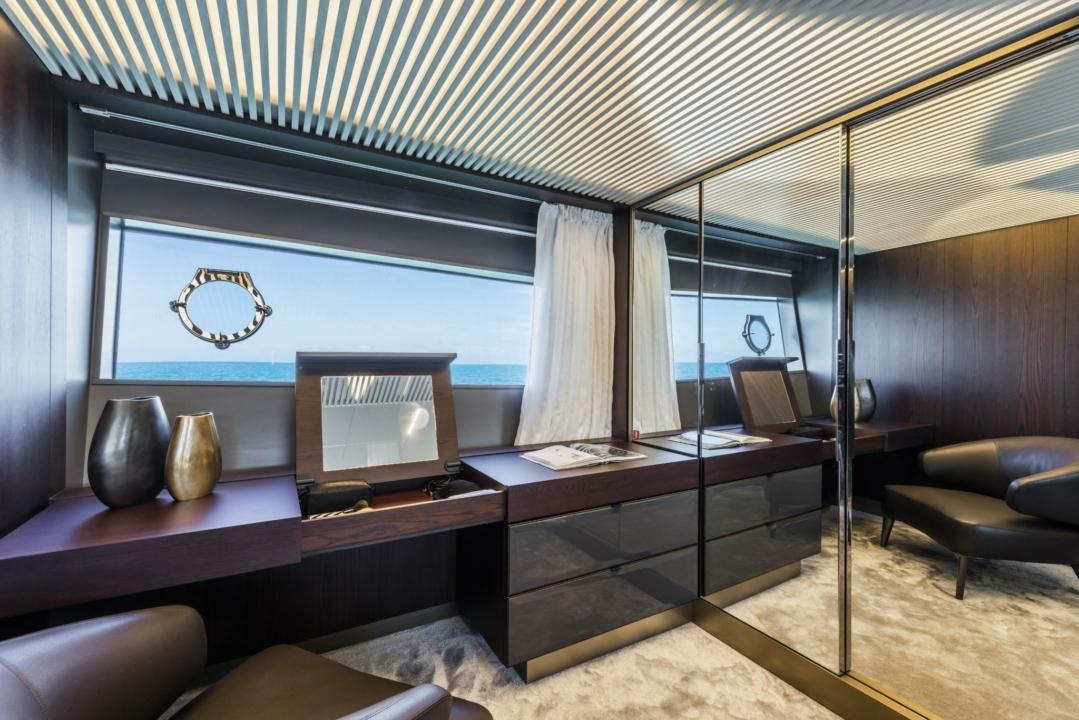 Ferretti Yachts 850 - Sieckmann Yachts