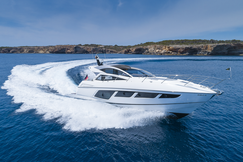 Sunseeker Predator 57 Aventura - Sieckmann Yachts