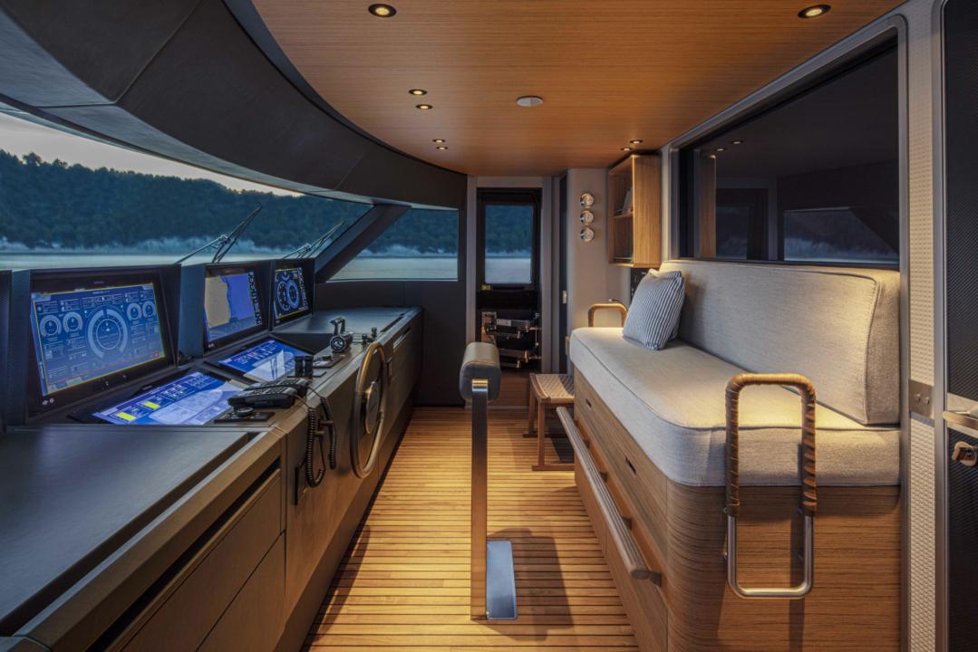 Custom Line Navetta 30 - Sieckmann Yachts