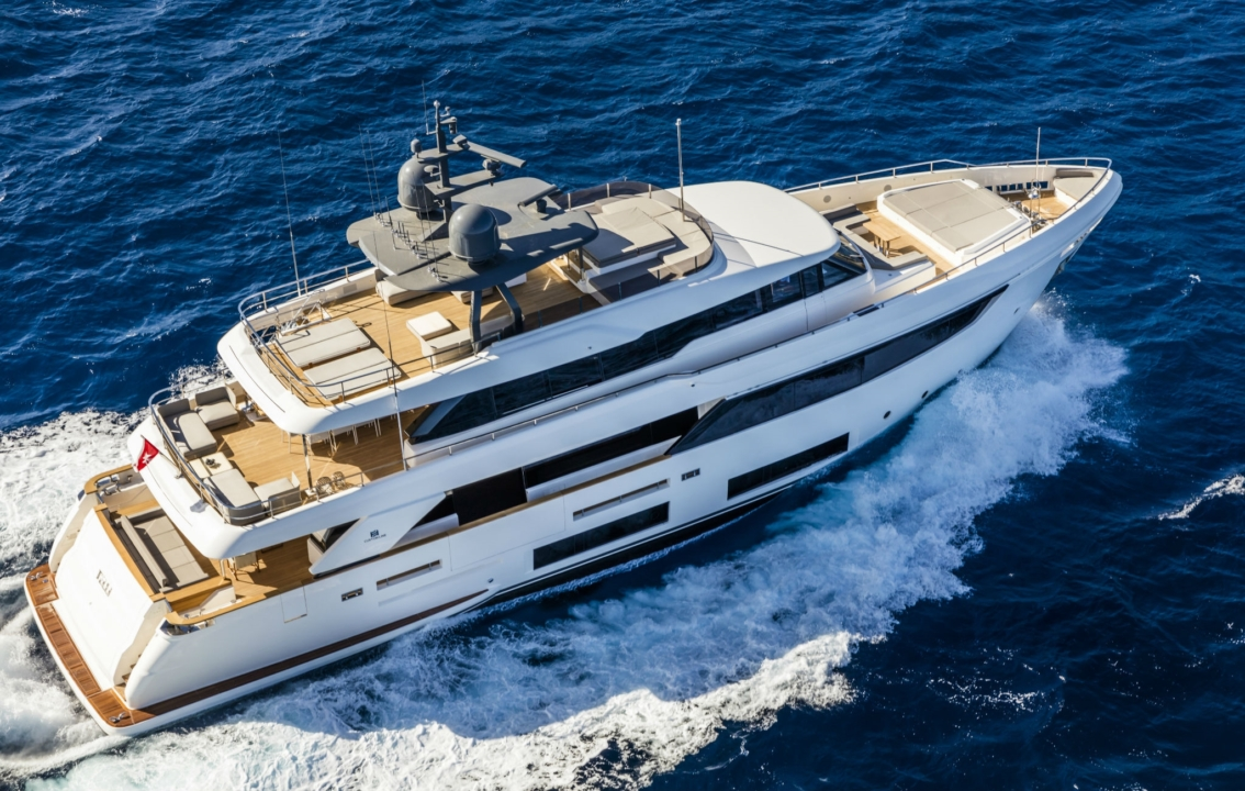 Custom Line Navetta 33 - Sieckmann Yachts