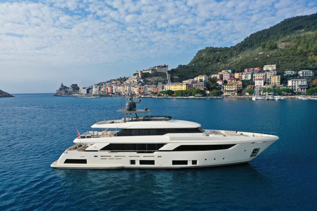 Custom Line Navetta 37 - Sieckmann Yachts