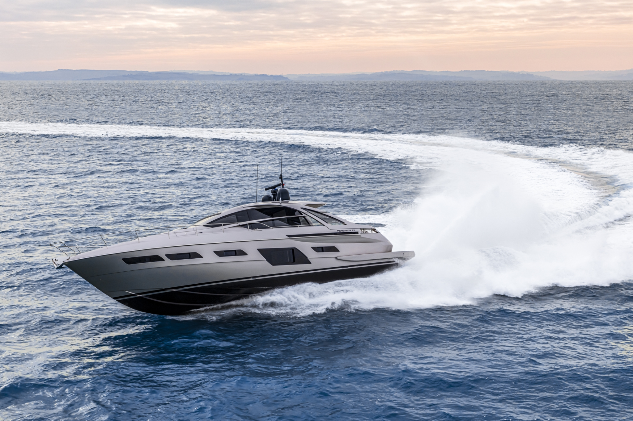 Pershing 7X - Sieckmann Yachts