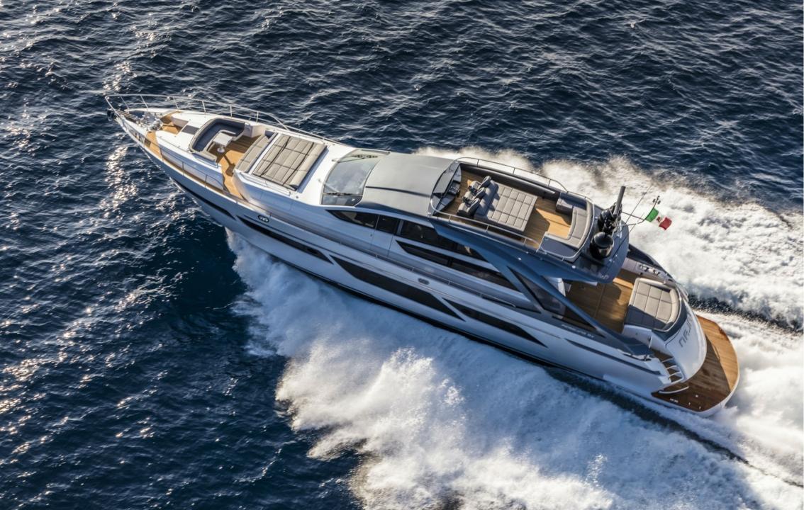 Pershing 9X - Sieckmann Yachts