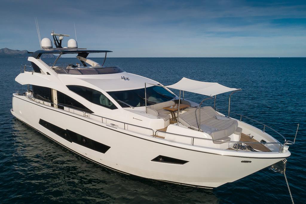 """Sunseeker 86 YACHT """"4LEON"""" - Sieckmann Yachts"""